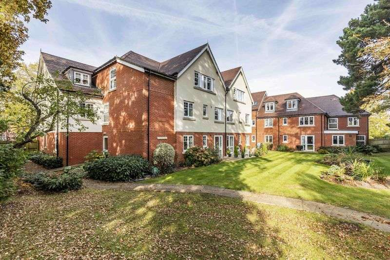 1 Bedroom Flat for sale in Mulberry Lodge, Emsworth