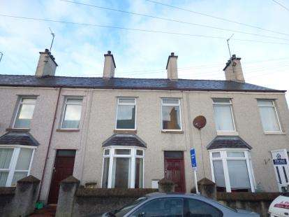2 Bedrooms Terraced House for sale in Leonard Street, Holyhead, Sir Ynys Mon, LL65