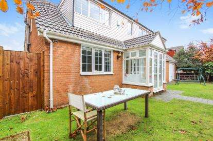 3 Bedrooms Detached House for sale in Clarendon Road, Lytham St. Annes, Lancashire, England, FY8