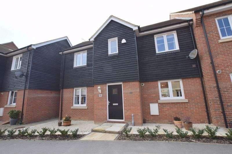 3 Bedrooms House for sale in Pluto Way, Aylesbury