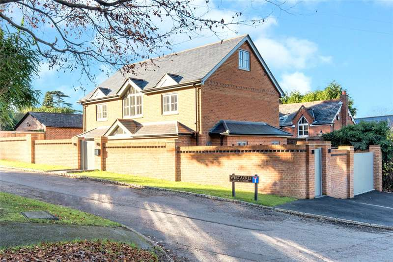 4 Bedrooms Detached House for sale in Claremont Avenue, Esher, Surrey, KT10