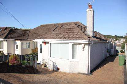 2 Bedrooms Bungalow for sale in Plympton, Plymouth