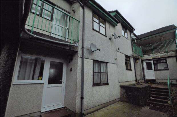 2 Bedrooms Maisonette Flat for sale in Clittaford View, Plymouth, Devon