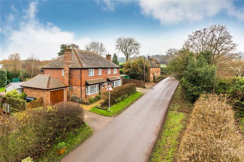 3 Bedrooms Semi Detached House for sale in Brewer Street, Bletchingley, Surrey, RH1