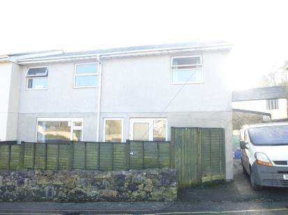 3 Bedrooms Semi Detached House for sale in Chapel Street, Gunnislake, Cornwall