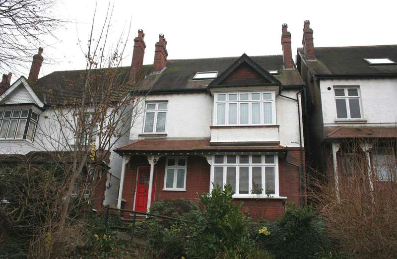 1 Bedroom Flat for sale in St. Augustines Avenue, South Croydon