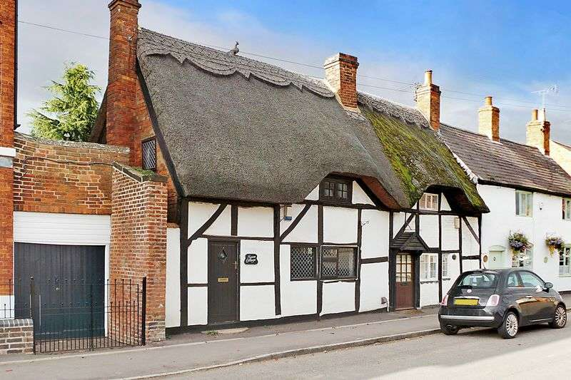 2 Bedrooms House for sale in Broad Street, Brinklow