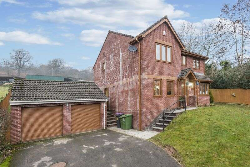 4 Bedrooms Detached House for sale in Dorallt Close, Cwmbran