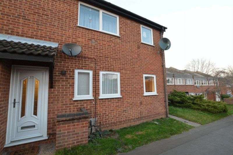 2 Bedrooms Flat for sale in Windmill Court, Norwich
