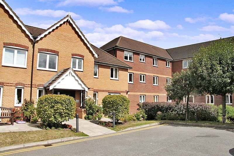 1 Bedroom Retirement Property for sale in Victoria Court, Braintree, CM7 3JZ