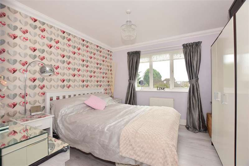2 Bedrooms End Of Terrace House for sale in Acorn Terrace, Upchurch, Kent