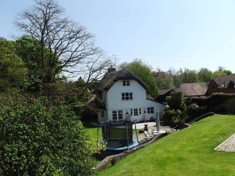 4 Bedrooms Semi Detached House for sale in Church Street, Collingbourne Ducis, Marlborough, Wiltshire, SN8