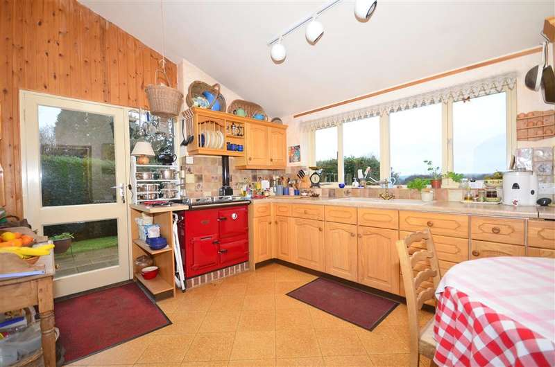 2 Bedrooms Semi Detached House for sale in Beeches Lane, Ashurst Wood, West Sussex