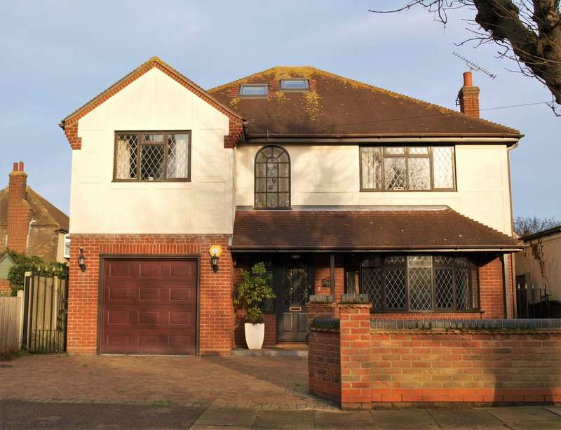 5 Bedrooms Detached House for sale in Lancaster Gardens