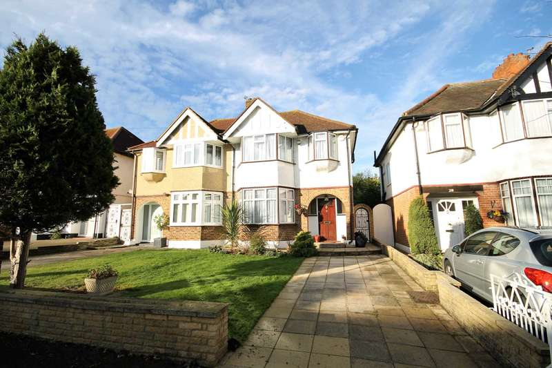 3 Bedrooms Semi Detached House for sale in Woodstock Avenue, Sutton
