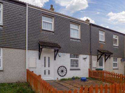 3 Bedrooms Terraced House for sale in Torpoint, Cornwall, Uk