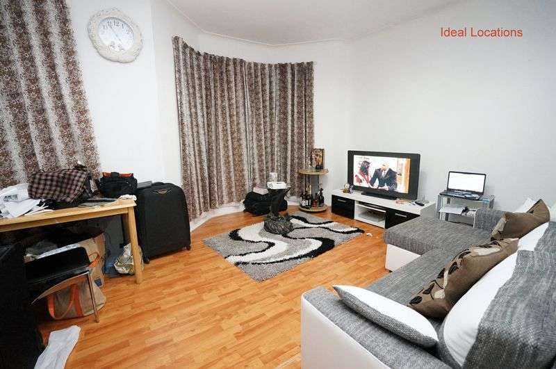 1 Bedroom Flat for sale in High Street South, London, E6