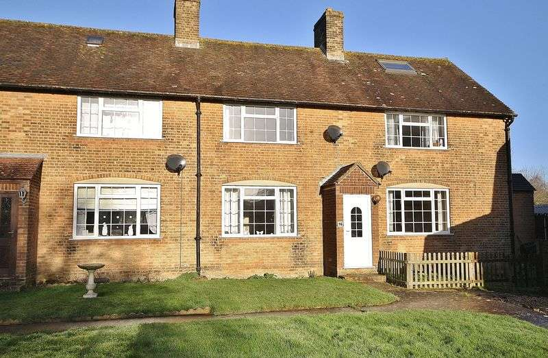 2 Bedrooms Terraced House for sale in Upper Rissington, Grebe Square GL54 2NH