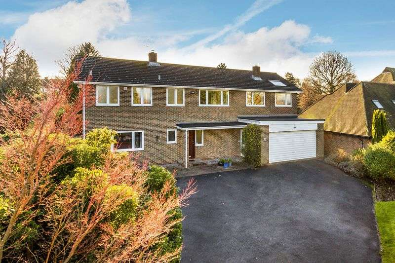 6 Bedrooms Detached House for sale in Downside Road, Guildford