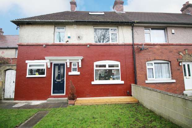 2 Bedrooms Terraced House for sale in Highthorne Avenue, Bradford, West Yorkshire, BD3 7LP
