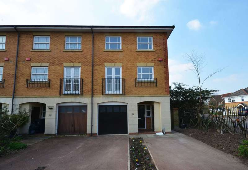 4 Bedrooms End Of Terrace House for sale in Wittering Close, Kingston, KT2