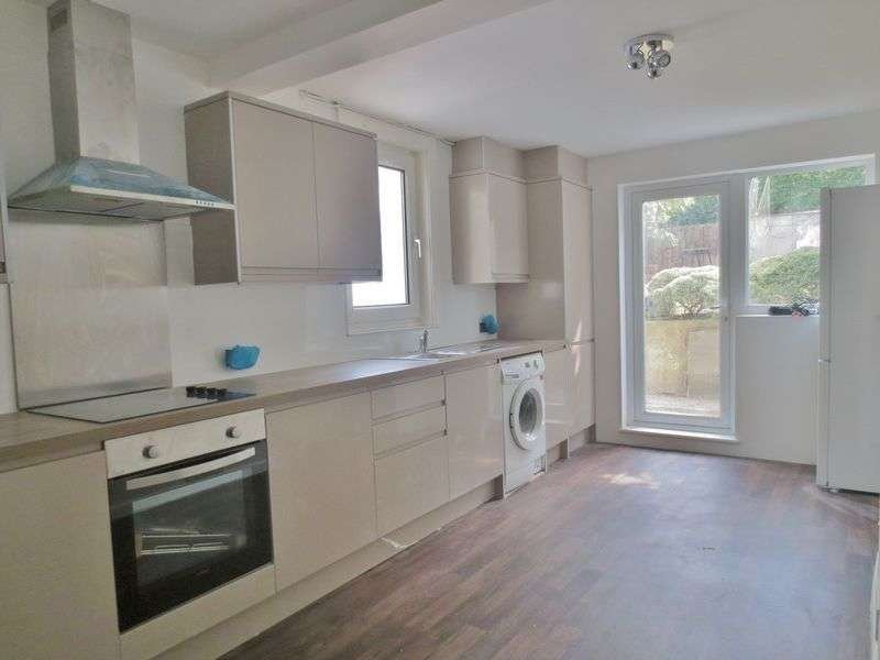 5 Bedrooms Terraced House for rent in Roedale Road, Brighton