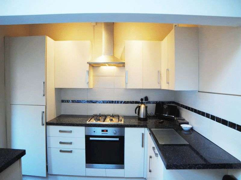 2 Bedrooms Terraced House for sale in Church Street, Silverdale, Newcastle-under-Lyme, ST5 6JQ