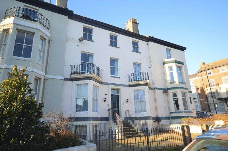 2 Bedrooms Flat for sale in 6 Havelock Place, Whitby