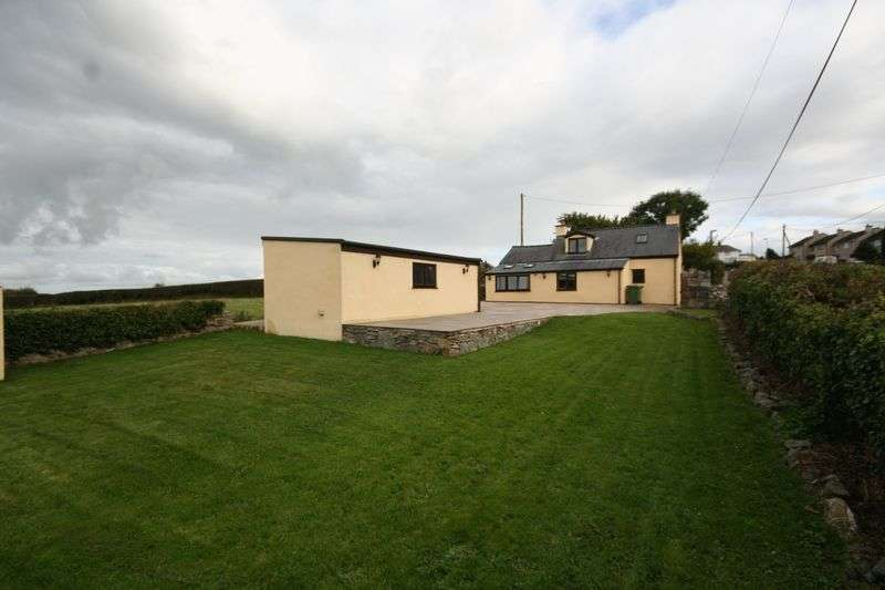 3 Bedrooms Cottage House for sale in Hermon, Bodorgan