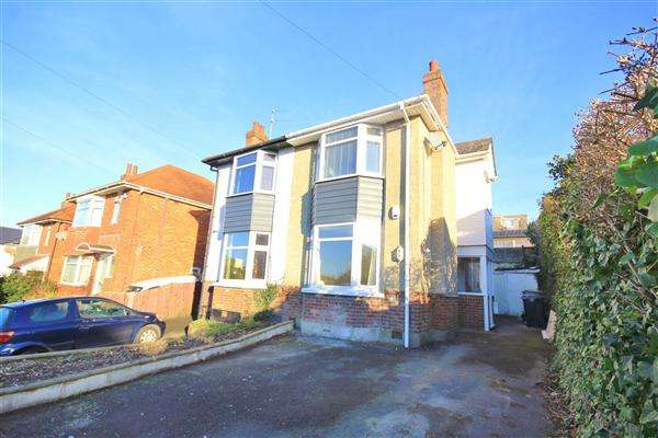 2 Bedrooms Semi Detached House for sale in Lincoln Road, Poole