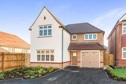4 Bedrooms Detached House for sale in Ashburton Road, Newton Abbot