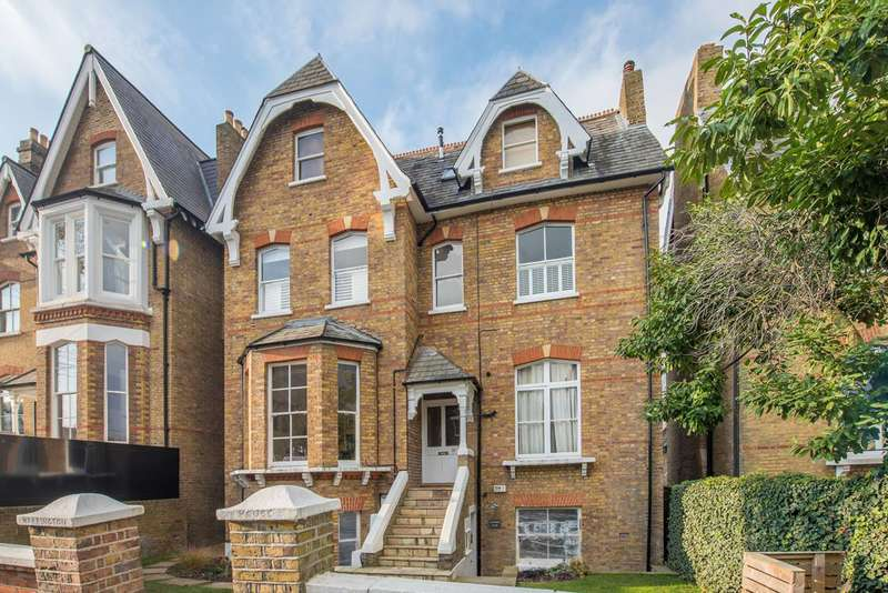 1 Bedroom Flat for sale in Kings Road, Richmond Hill, TW10