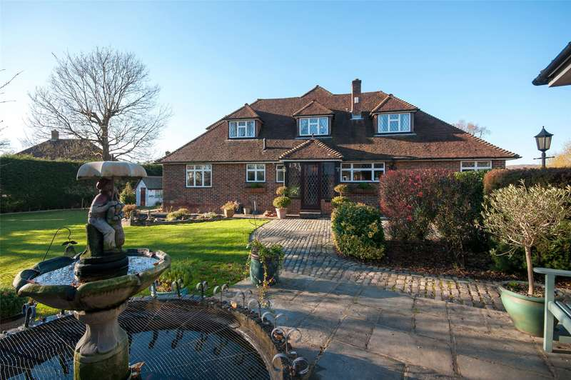 5 Bedrooms Detached House for sale in Bushetts Grove, Merstham, Redhill, Surrey, RH1