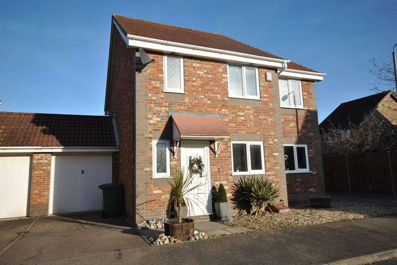 4 Bedrooms Detached House for sale in Dussindale