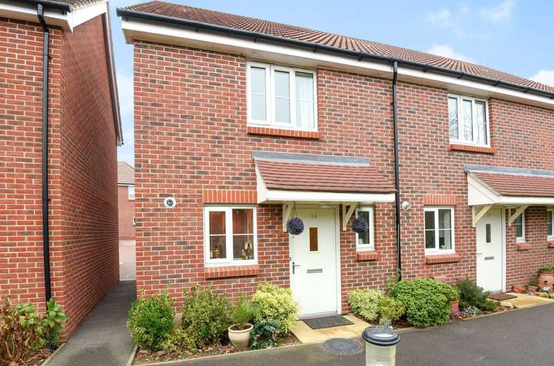 2 Bedrooms End Of Terrace House for sale in Fraser Row, Clay Lane, Fishbourne, PO18