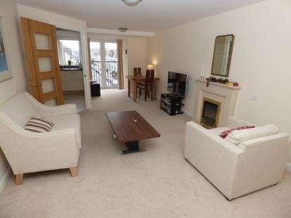 1 Bedroom Flat for sale in Cwrt Gloddaeth, Gloddaeth Street, Llandudno, Conwy, LL30