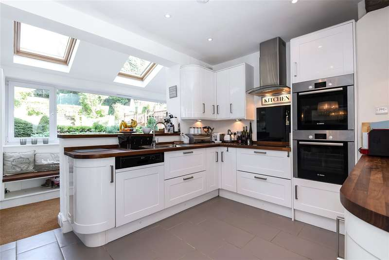 5 Bedrooms House for sale in Valley Road, Rickmansworth, Hertfordshire, WD3