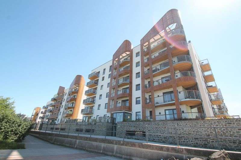 2 Bedrooms Flat for sale in Argentia Place, Portishead