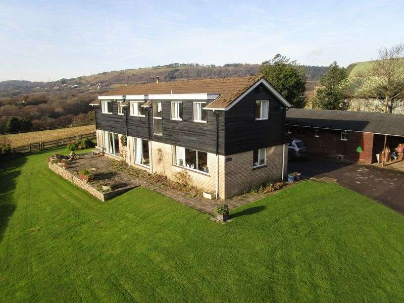 5 Bedrooms Detached House for sale in Graig Llwyn House, Graig Llwyn Road, Lisvane, CF14 0RP