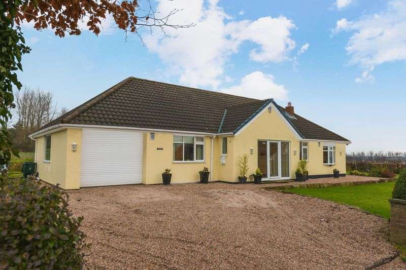 3 Bedrooms Detached Bungalow for sale in Spa Lane, Lathom
