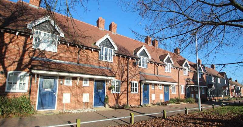 2 Bedrooms Terraced House for sale in Crystal Walk, Colchester