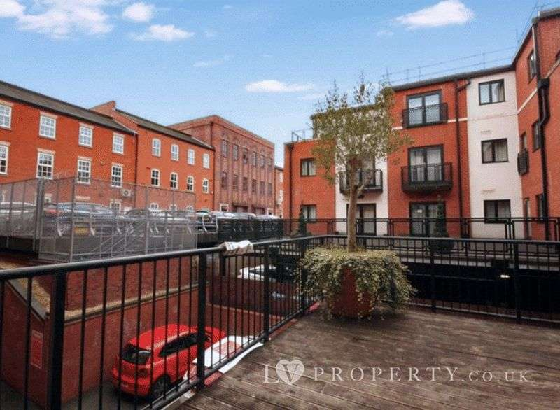 1 Bedroom Flat for sale in Kings Court, Clement St, Birmingham City Centre