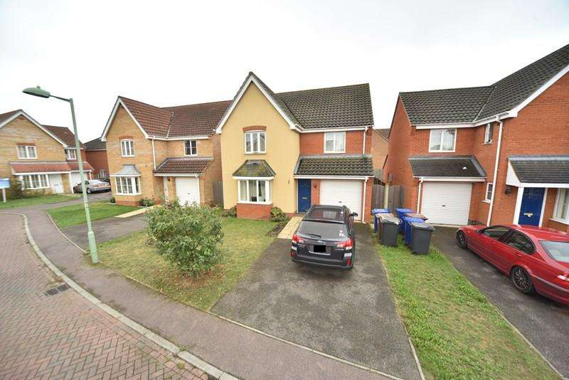 3 Bedrooms Detached House for sale in Linden Walk, Beck Row, Bury St. Edmunds