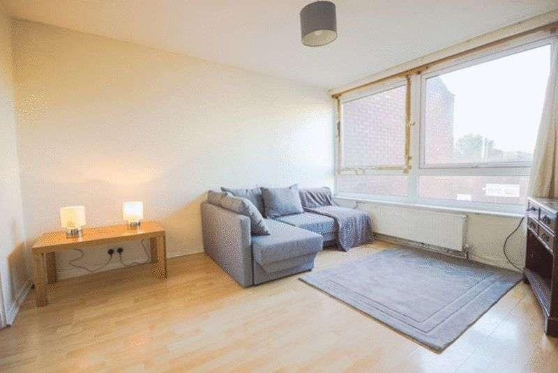 1 Bedroom Flat for sale in Roman Way, London