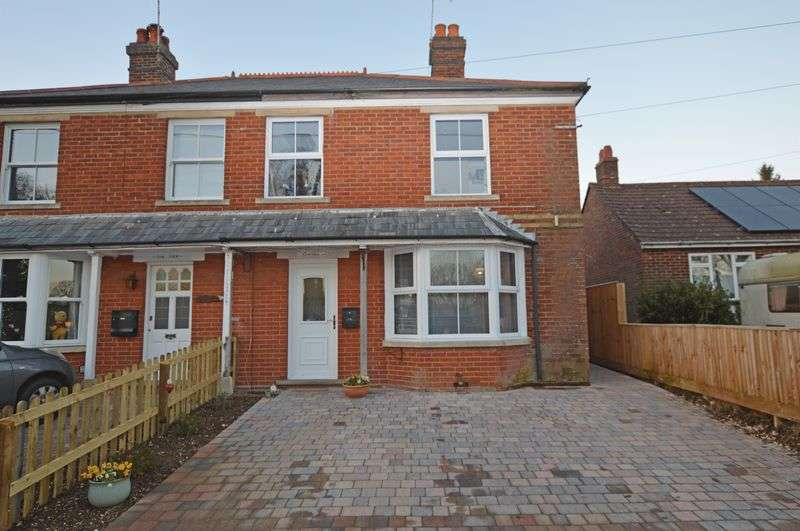 2 Bedrooms Semi Detached House for sale in Ropley, Alresford, Hampshire