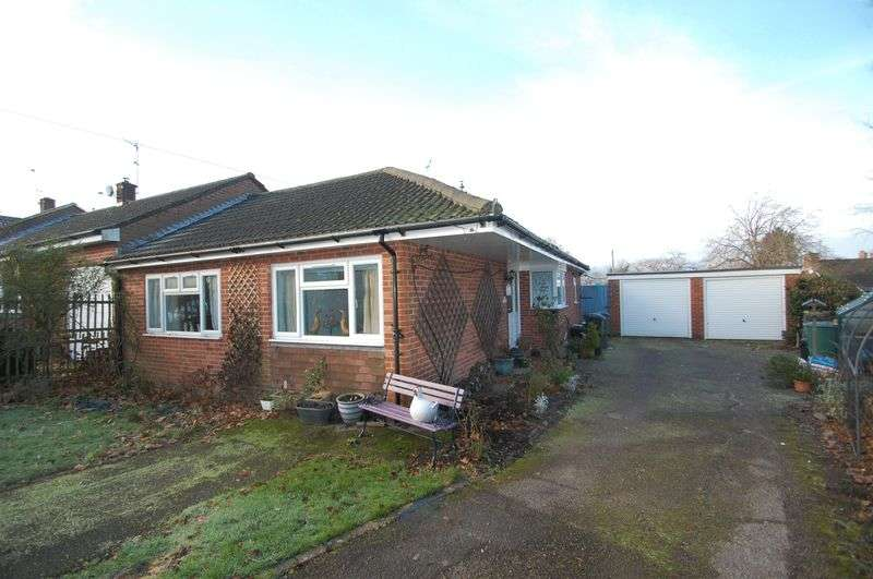 3 Bedrooms Semi Detached Bungalow for sale in South Acre, South Harting, Nr. Petersfield