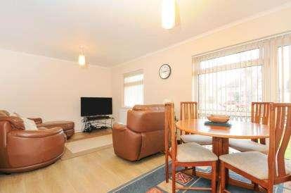 2 Bedrooms Maisonette Flat for sale in Sevenoaks Road, Orpington
