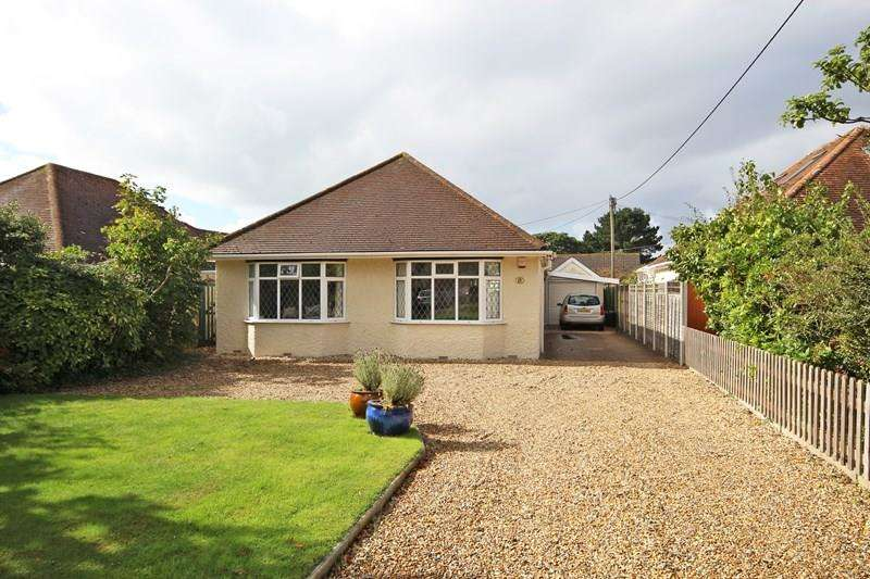 3 Bedrooms Detached Bungalow for sale in Barton Lane, Barton On Sea New Milton