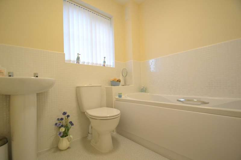3 Bedrooms Detached House for sale in 2 Llys Tre Dwr, Bridgend, Bridgend County Borough, CF31 3BH.