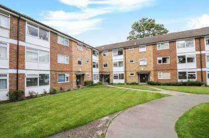 1 Bedroom Flat for sale in Harleyford, Upper Park Road, Bromley